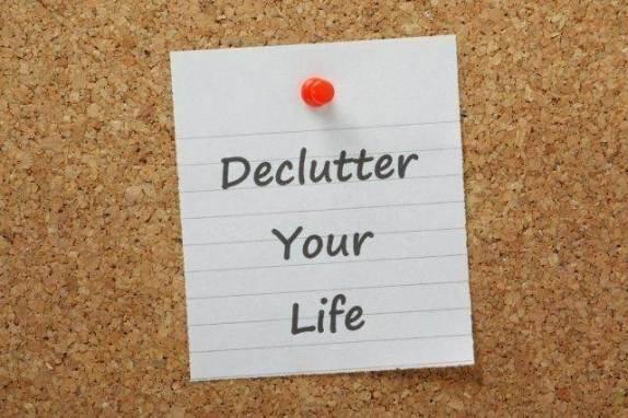 DeclutterYourLife-1493660262